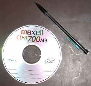 300px-Compact_disc